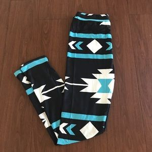 Pants - Soft tribal leggings
